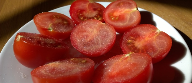 Tomatoes with salt